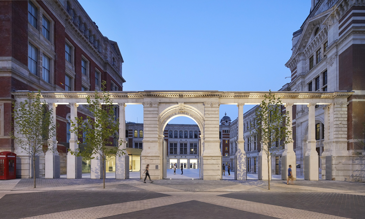 V&A Case Study:  Reinventing An Age-Old Brand For A New Arts Culture